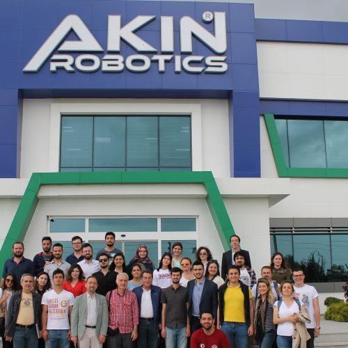 TBD, Türkiye'nin İlk İnsansı Robot Fabrikası Akın Robotics'i Ziyaret Etti
