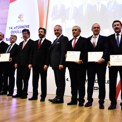 14. eTürkiye (eTR) Ödülleri TBMM'de Sahiplerini Buldu